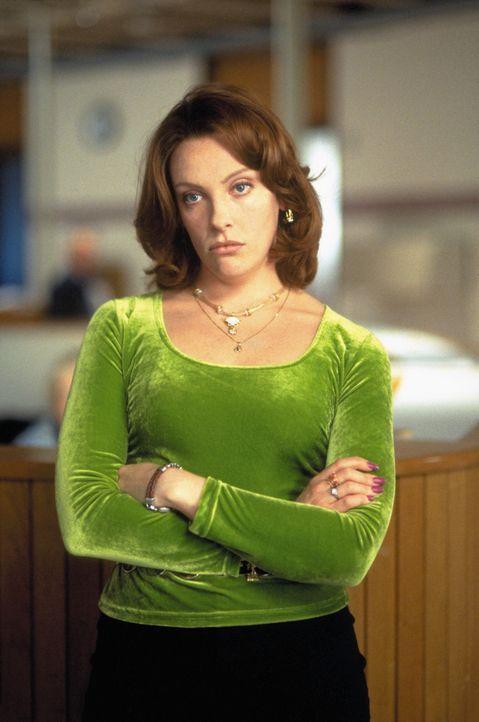 Coles verhärmte Mutter Lynn (Toni Collette) hat es aufgegeben, in seine abgekapselte Welt einzudringen. Doch dann wird ihr Sohn übersät mit Blute... - Bildquelle: Buena Vista Pictures