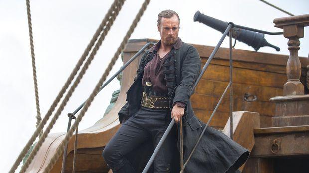 Captain Flint (Toby Stephens) und seine Besatzung verfolgen Captain Bryson, u...