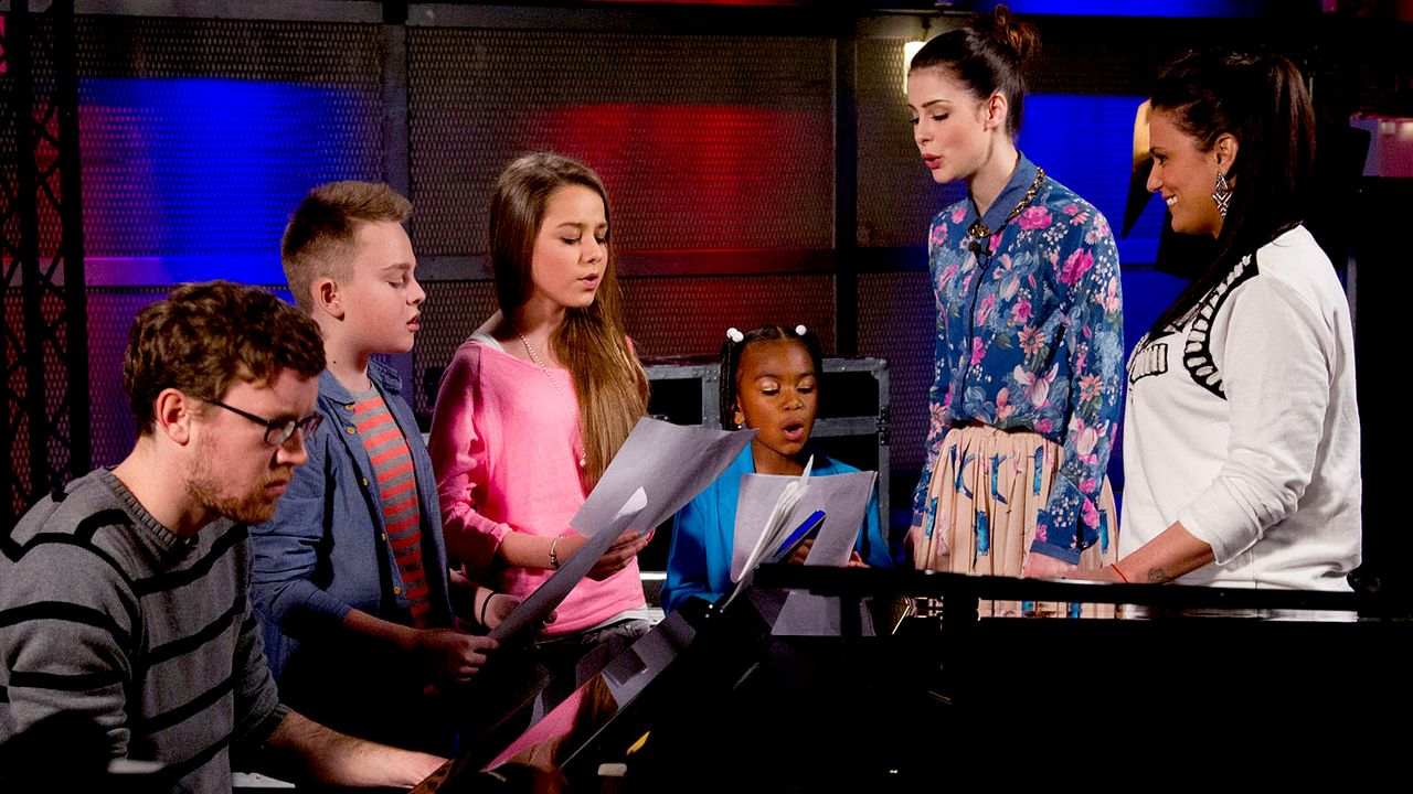 The-Voice-Kids-epi05-Mike-Olivia-Chelsea-4-SAT1-Richard-Huebner - Bildquelle: SAT.1/Richard Hübner