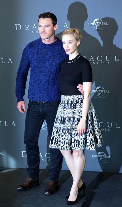 Photocall-Dracula-Untold-Luke-Evans-Sarah-Gadon-14-09-15-1-dpa - Bildquelle: dpa