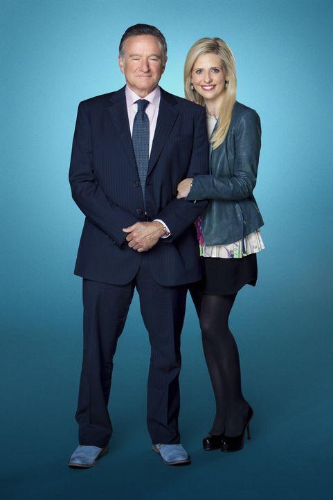 (1. Staffel) - Der brillante Werbemanager Simon Roberts (Robin Williams, l.) arbeitet mit seiner Tochter Sydney (Sarah Michelle Gellar, r.) zusammen... - Bildquelle: 2013 Twentieth Century Fox Film Corporation. All rights reserved.
