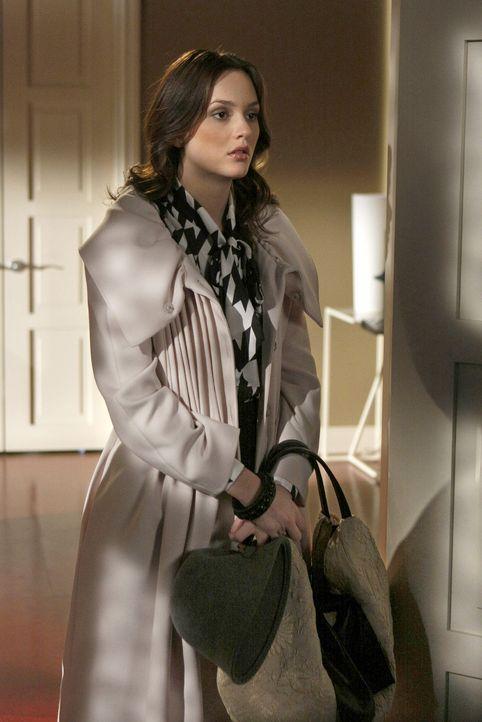 Blair (Leighton Meester) sorgt sich um Chuck, da sie seinen weichen Kern kennt und beschließt deshalb Lily, um Hilfe zu bitten. - Bildquelle: Warner Brothers