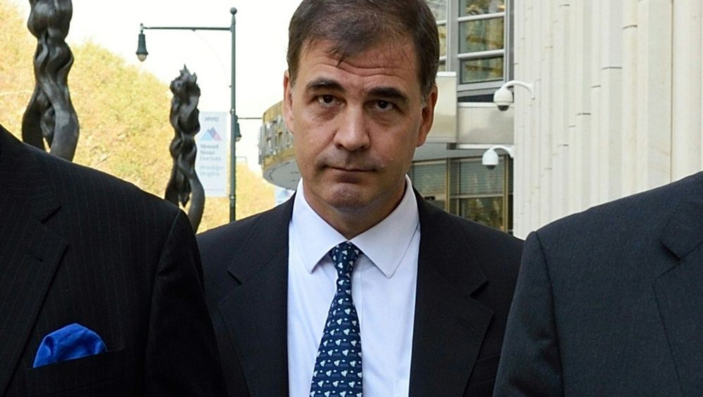 Zeuge Alejandro Burzaco belastet CONMEBOL-Funktionäre - Bildquelle: AFPSIDDON EMMERT