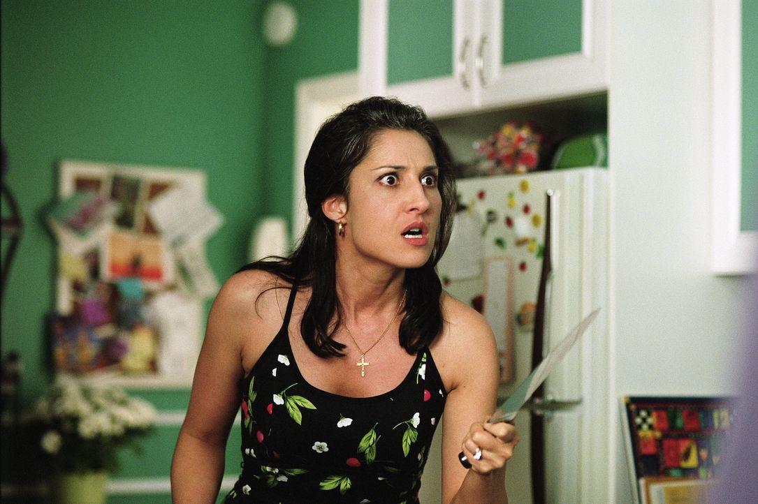 Von heut auf morgen gerät ihre Welt völlig aus den Fugen: Maria (Lina Giornofelice) ... - Bildquelle: Warner Brothers