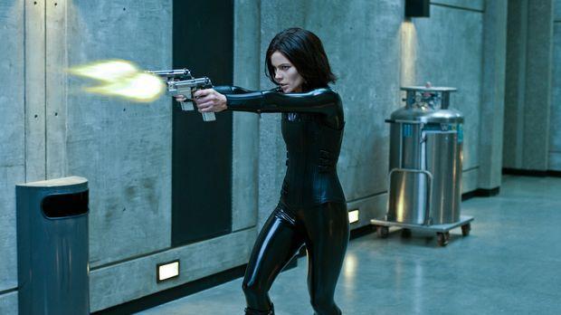Um ihre Tochter zu retten, muss sich Selene (Kate Beckinsale) einem genetisch...