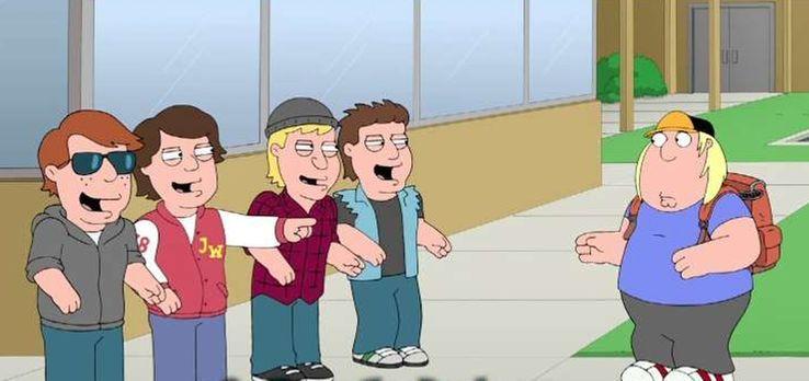 Family Guy - Als Chris (r.) in der Schule gemobbt wird, versucht Stewie ihm z...