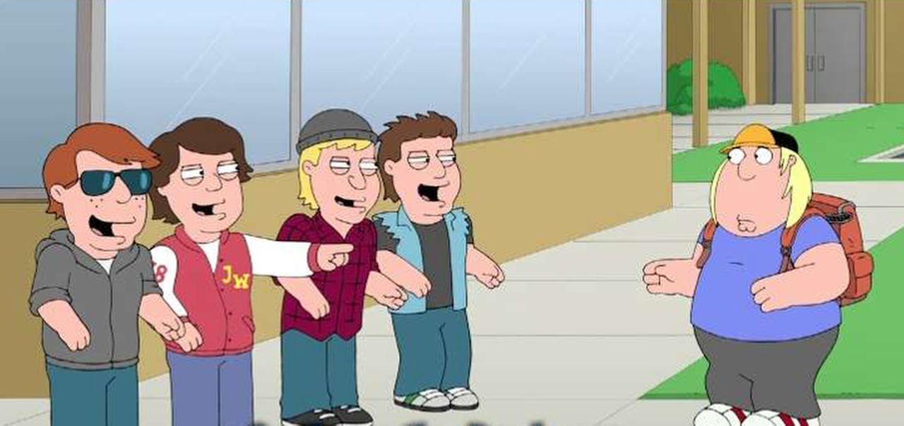 Als Chris (r.) in der Schule gemobbt wird, versucht Stewie ihm zu helfen - doch wird ihm das gelingen? - Bildquelle: 2014 Twentieth Century Fox Film Corporation. All rights reserved.