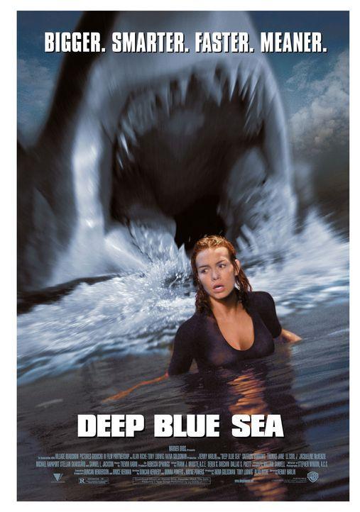 Wissenschaftlerin Dr. Susan McAlester (Saffron Burrows) steht plötzlich intelligenten Killern gegenüber ... - Bildquelle: Warner Bros. Pictures