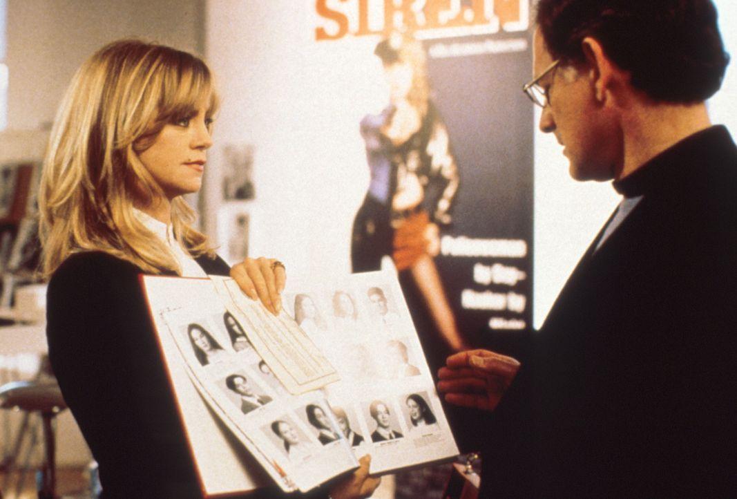 Alles hat seine Grenzen: Elises (Goldie Hawn, l.) Ehemann Bill (Victor Garber, r.), den sie als Produzent gefördert hat, will einen Film mit seiner... - Bildquelle: Paramount Pictures