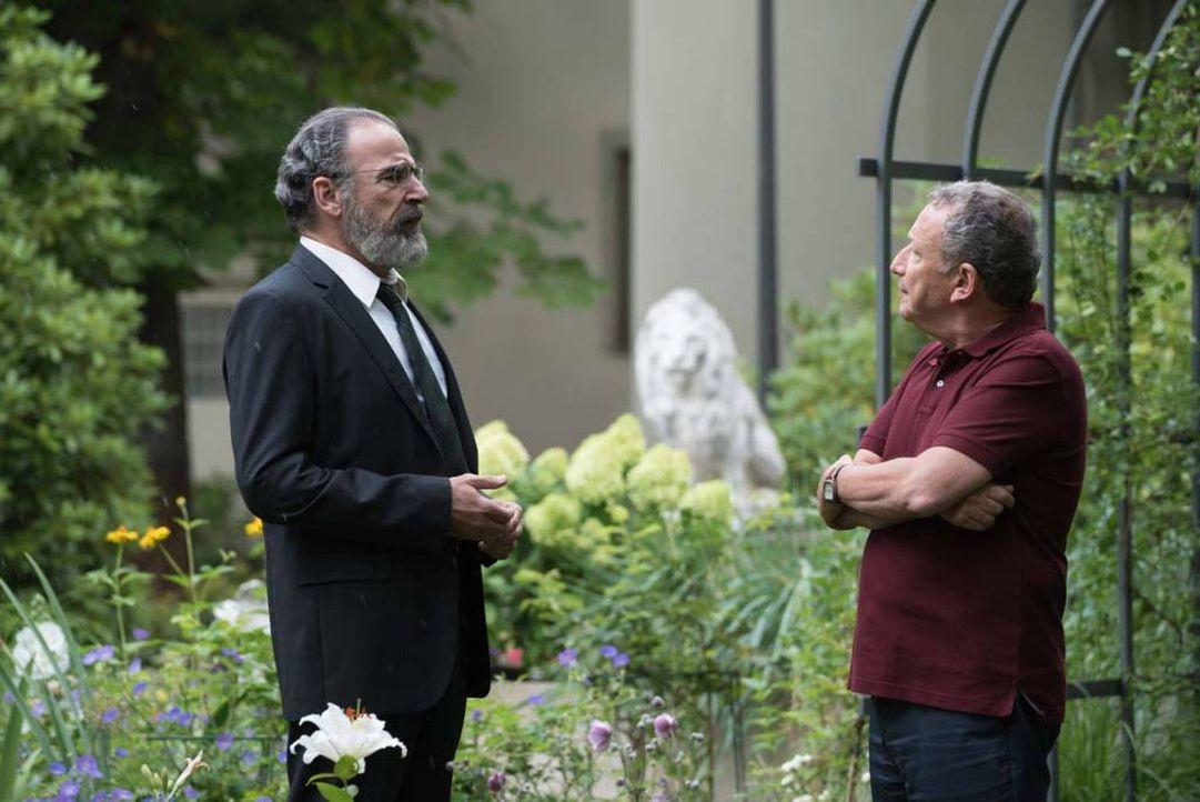 Nach dem Tod von General Youssef versucht Dar Adal herauszufinden, wer die Pläne der CIA durchkreuzt hat und Youssef umgebracht haben könnte. Saul (... - Bildquelle: Stephan Rabold 2015 Showtime Networks, Inc., a CBS Company. All rights reserved.