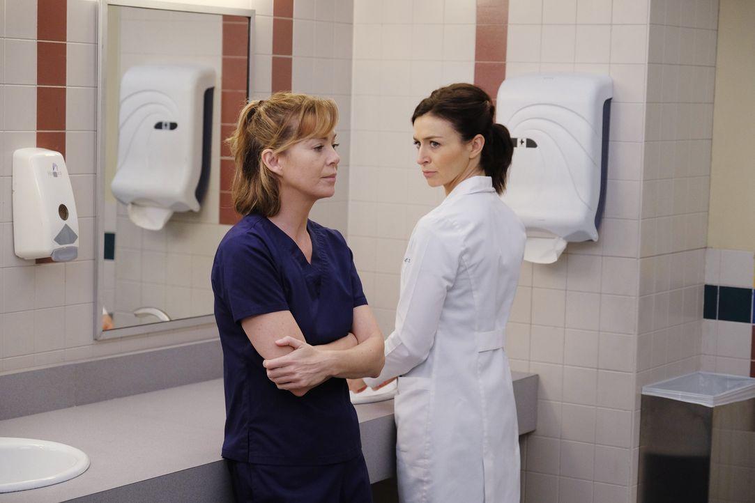 April bringt den Fall eines Jungen aus dem Mittleren Osten ins Krankenhaus, während Meredith (Ellen Pompeo, l.) und Amelia (Caterina Scorsone, r.) d... - Bildquelle: Tony Rivetti ABC Studios