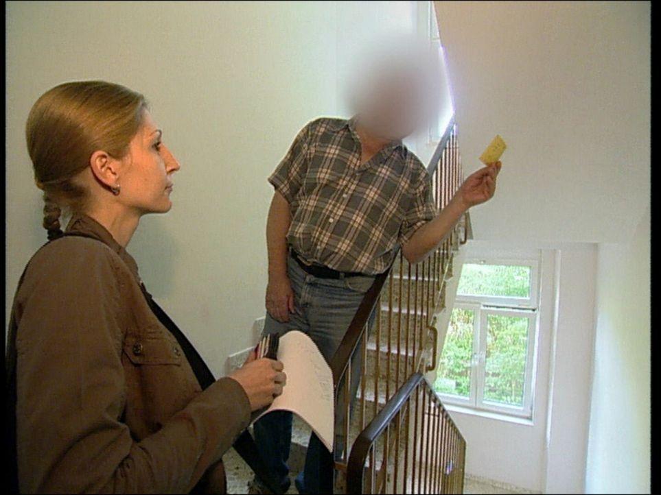 Gepfändet und Zwangsgeräumt, wenn Schuldner nicht zahlen ... - Bildquelle: SAT.1