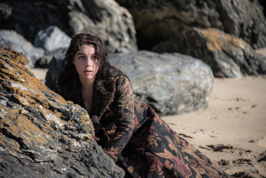 Bis sie weiß, wem sie in Schottland noch vertrauen kann, versucht Mary (Adelaide Kane), ihre Identität geheim zu halten und trotzdem gerät sie schon... - Bildquelle: Bernard Walsh 2016 The CW Network, LLC. All rights reserved.