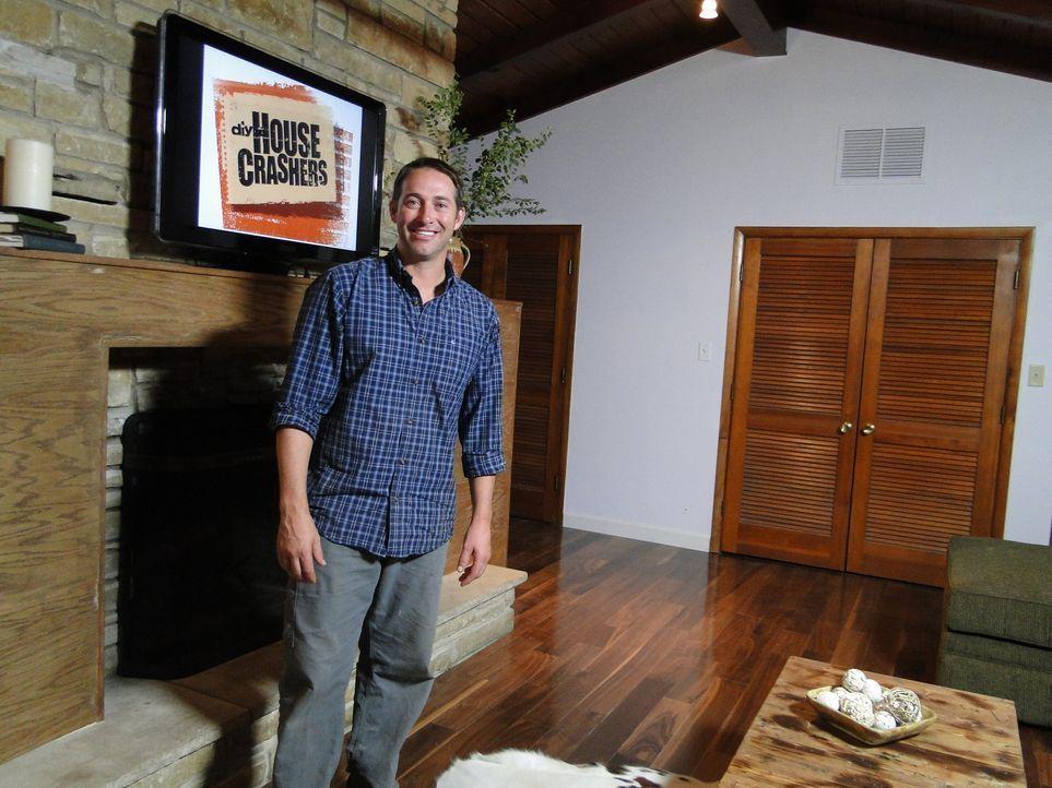 Bauunternehmer Josh Temple sucht in Baumärkten nach Heimwerkern, die Hilfe benötigen. Wer Joshs Hilfe annimmt, erhält innerhalb von 3 Tagen einen ko... - Bildquelle: 2012, DIY Network/Scripps Networks, LLC. All Rights Reserved.
