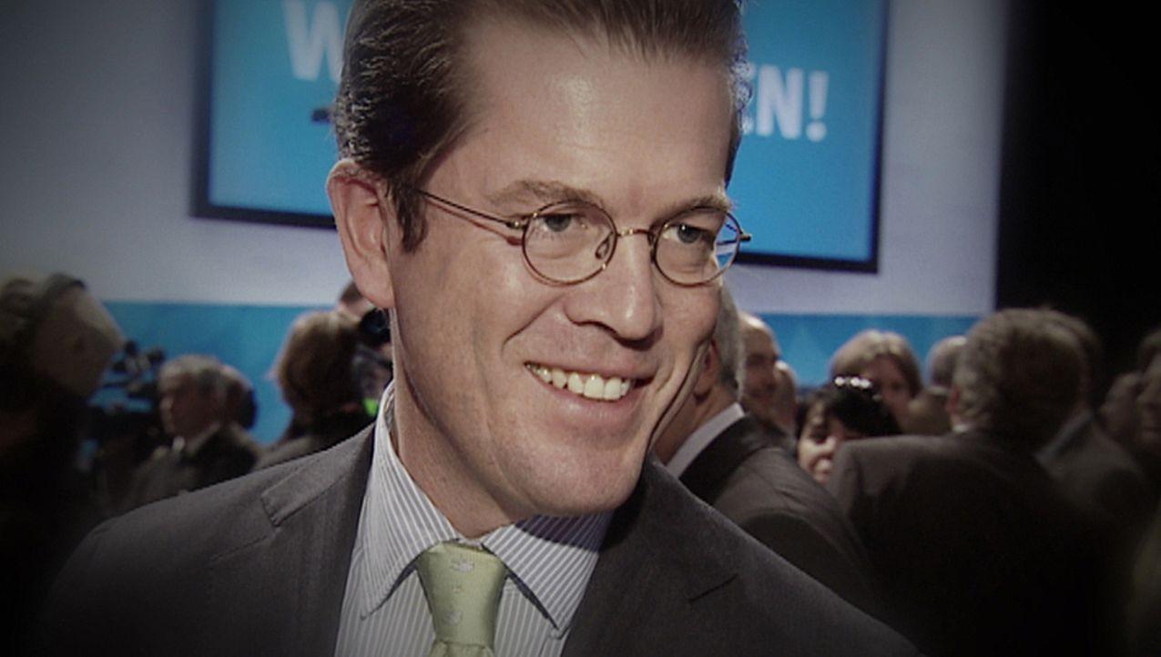 Die größten Skandale: Karl Theodor zu Guttenberg - Absturz eines Überfliegers ... - Bildquelle: kabel eins
