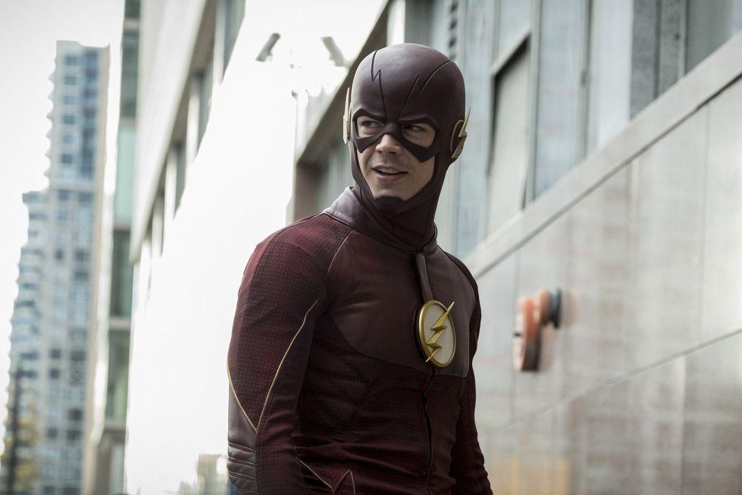 Wally ist verwirrt, als Barry nicht alles geben will, um einen Kriminellen zu fassen. Doch Barry alias The Flash (Grant Gustin) glaubt, wenn er ihn... - Bildquelle: 2016 Warner Bros.