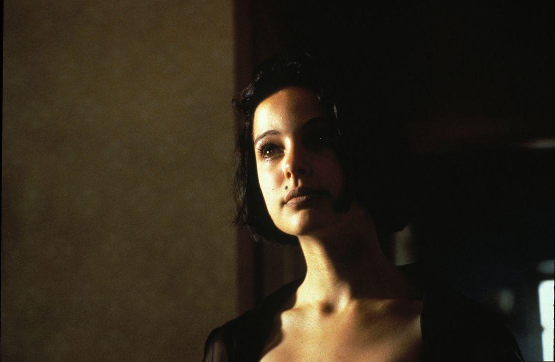 Mathilda (Natalie Portman) hat nur ein Ziel: Rache an den Mördern ihrer Familie! - Bildquelle: Gaumont