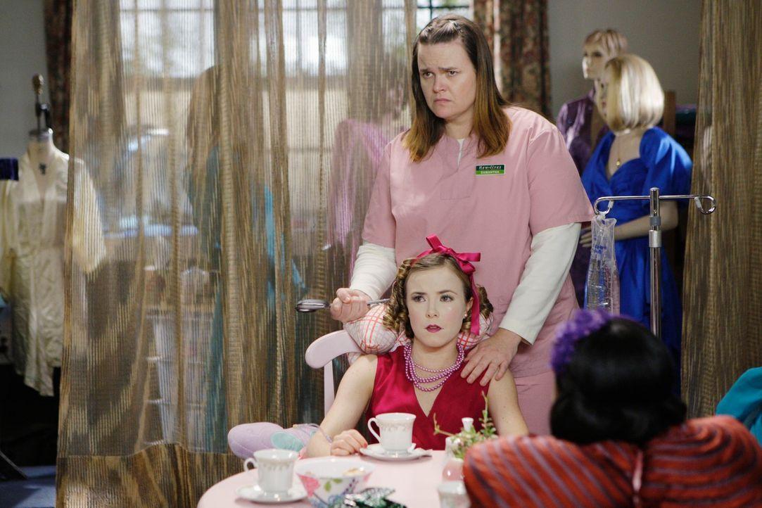 Mit der psychisch gestörten Samantha Malcolm (Jennifer Hasty, r.) ist nicht zu spaßen. Sie hält ihre Opfer als Puppen. Doch hat Bethany Wallace (Ros... - Bildquelle: Touchstone Television