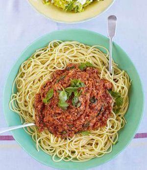 Krebsbolognese mit Fenchelsalat: So frisch schmeckt Jamie Oliver!