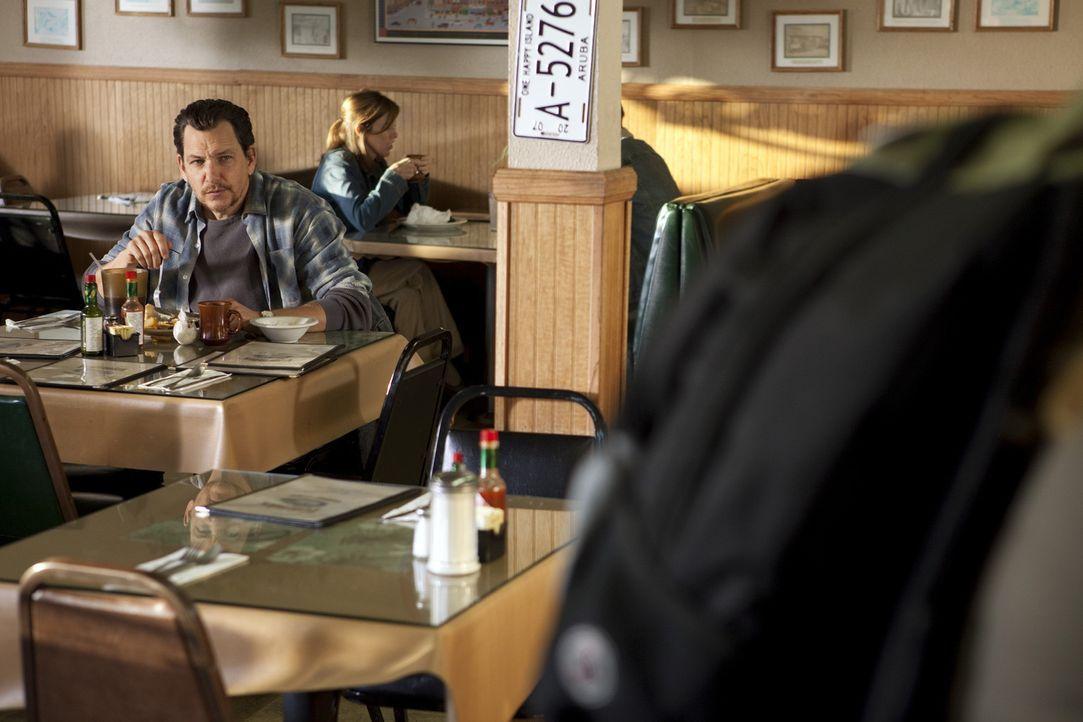 Hat er bereits sein nächstes Opfer ausgewählt? Wade Hatchett (Bradford Tatum, l.) ... - Bildquelle: Touchstone Television
