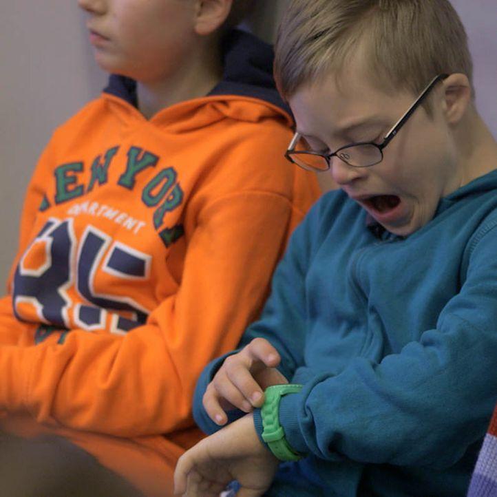 """""""Galileo"""" war dabei, als Mads Sösemann als erster Junge mit Down-Syndrom an der Waldorfschule in Flensburg seinen ersten Schultag antrat. Drei Jahre... - Bildquelle: ProSieben"""