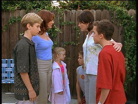 Malcolm mittendrin - Anfangs war die Welt mit den neuen Nachbarn Emily (Dakot...