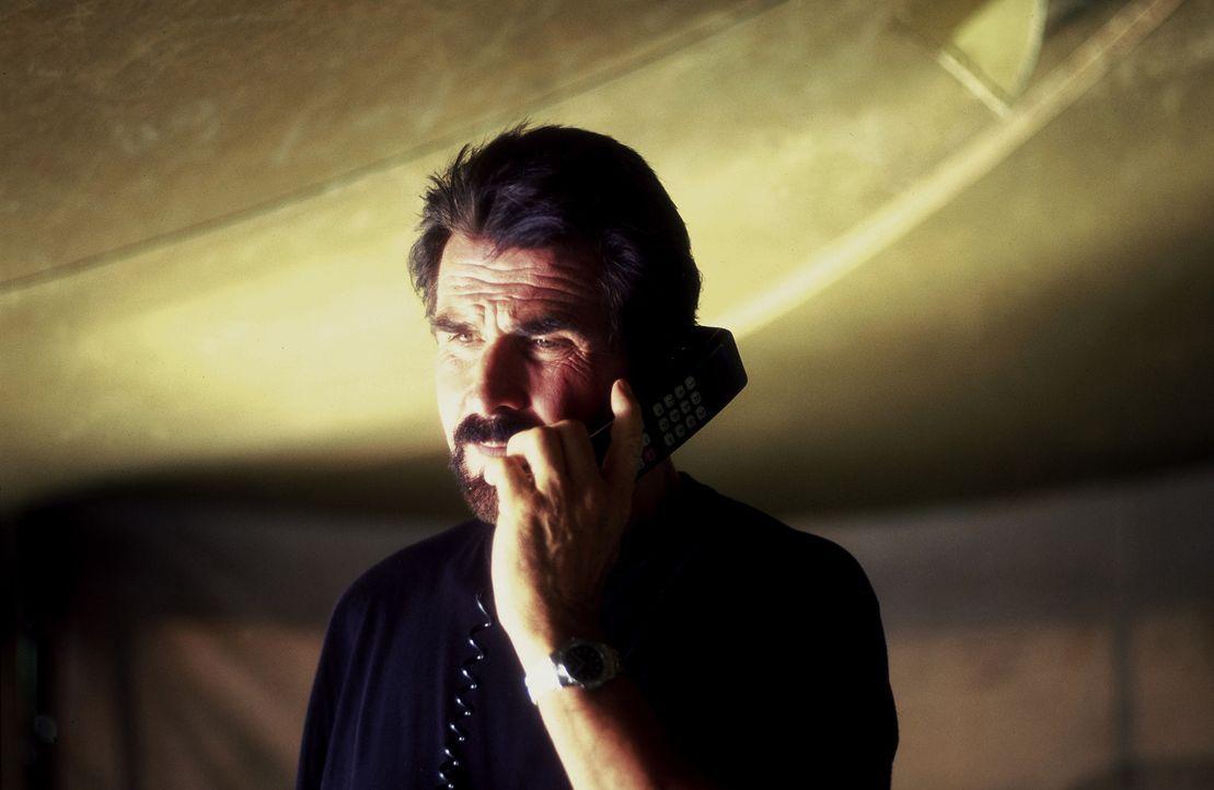 Eines Tages wird Elliott Manning (James Brolin) gebeten, Namensgeber eines neuen Naturschutzgebietes zu werden. Keine gute Entscheidung ... - Bildquelle: Columbia Pictures