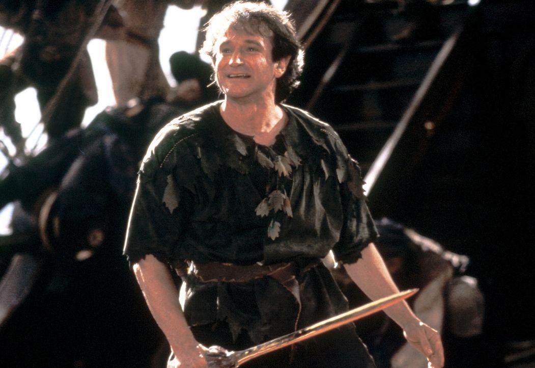 Als seine Kinder von dem gefürchteten Piraten Hook entführt werden, kehrt der nunmehr 40-jährige Anwalt Peter Banning (Robin Williams) - alias Pe... - Bildquelle: Copyright   1991 TriStar Pictures, Inc. All Rights Reserved.