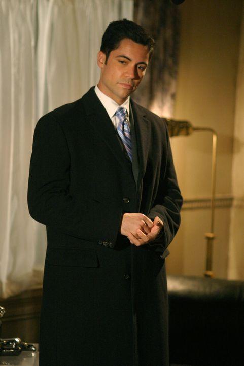 Der aktuelle Fall bereitet Det. Scott Valens (Danny Pino) Kopfzerbrechen ... - Bildquelle: Warner Bros. Television