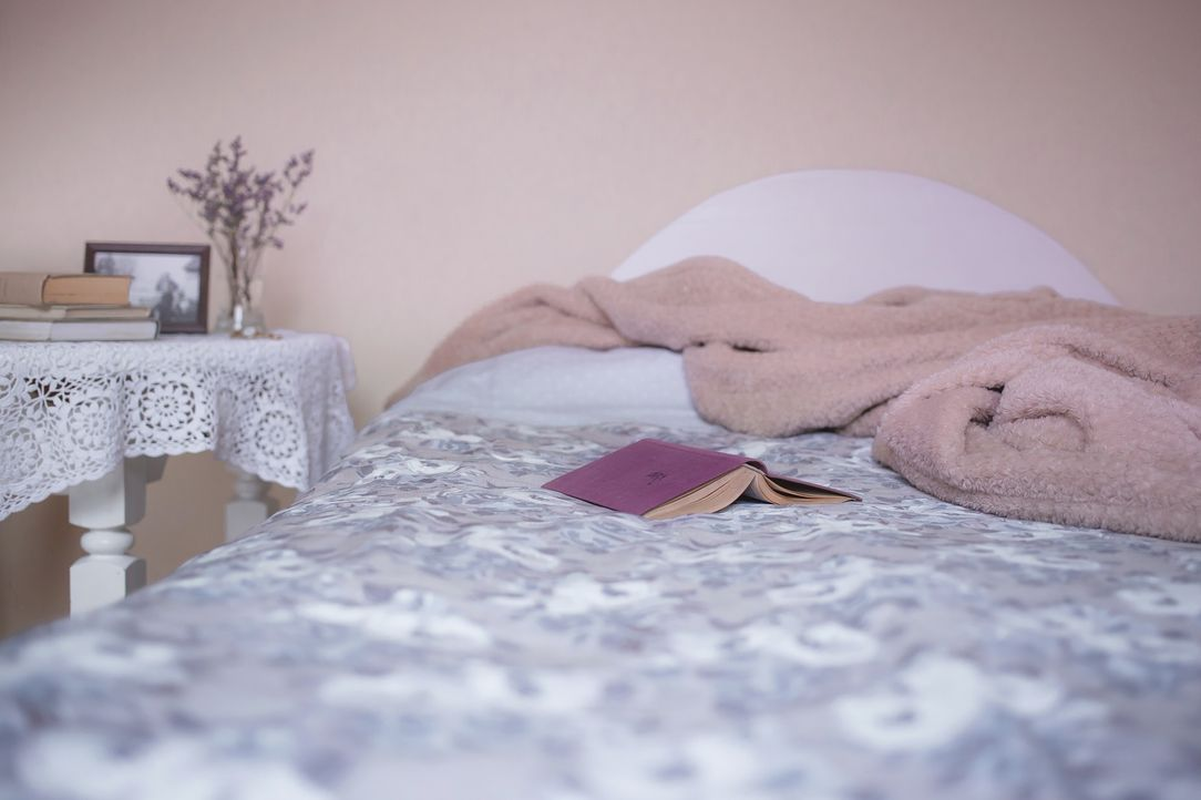 bed-1846251_1920