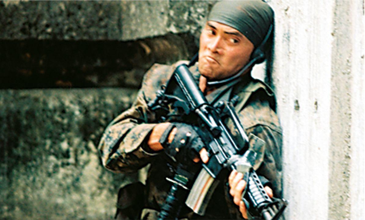 Terroristen entführen einen Encoder, der es ermöglicht, Flugzeuge per Fernbedienung zu fliegen - und auf wichtige Ziele zu richten. Nur noch einer k... - Bildquelle: 2006 The Pacific Trust. All Rights Reserved.