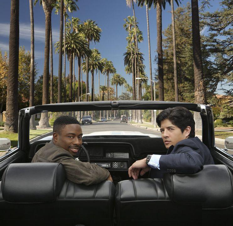 (1. Staffel) - Können unterschiedlicher nicht sein: Detective Carter (Justin Hires, l.) und Detective Lee (Jon Foo, r.) sind nicht destotrotz ein st... - Bildquelle: Warner Brothers