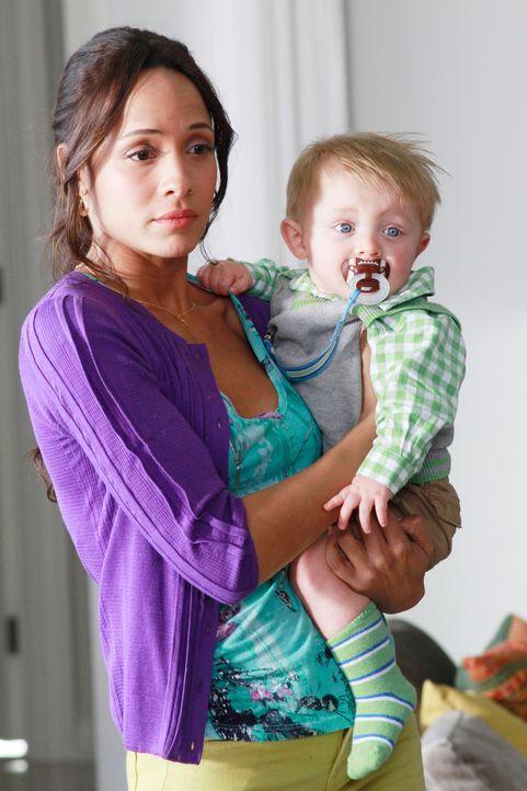 Als ihr Ehemann starb, ließ Rosie (Dania Ramirez) ihren Sohn bei Verwandten in Mexiko zurück, schlich sich über die Grenze und arbeitet nun als Haus... - Bildquelle: ABC Studios