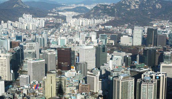 Die Wolkenkratzer von Seoul - Bildquelle: dpa