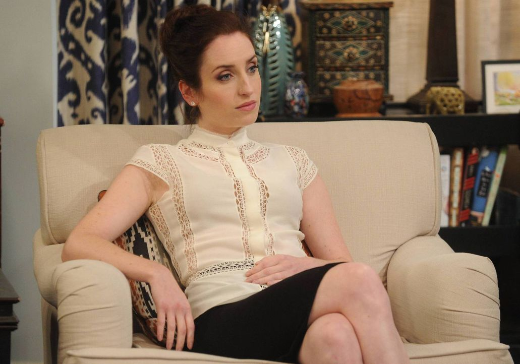 Noch ahnt Kate (Zoe Lister Jones) nicht, was sie bei der Familie von ihrem neuen Date Kenneth erwarten wird ... - Bildquelle: 2013 CBS Broadcasting, Inc. All Rights Reserved.