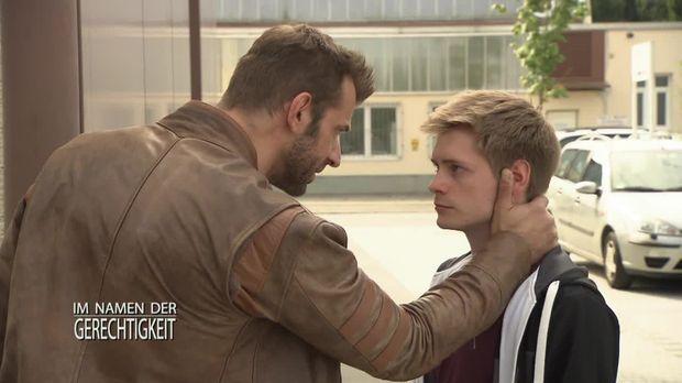 Im Namen Der Gerechtigkeit - Im Namen Der Gerechtigkeit - Staffel 1 Episode 240: Gefährliche Freundschaft