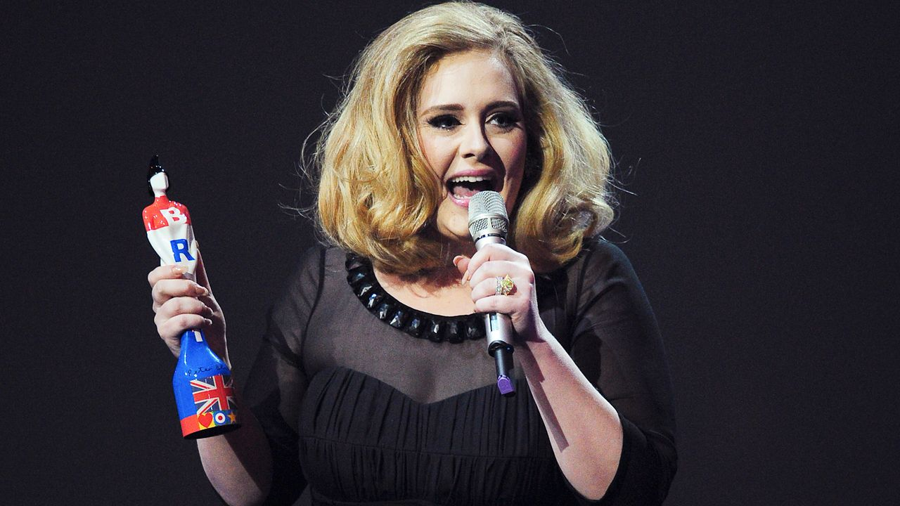 brit-awards-12-02-21-adele-2-AFP - Bildquelle: AFP