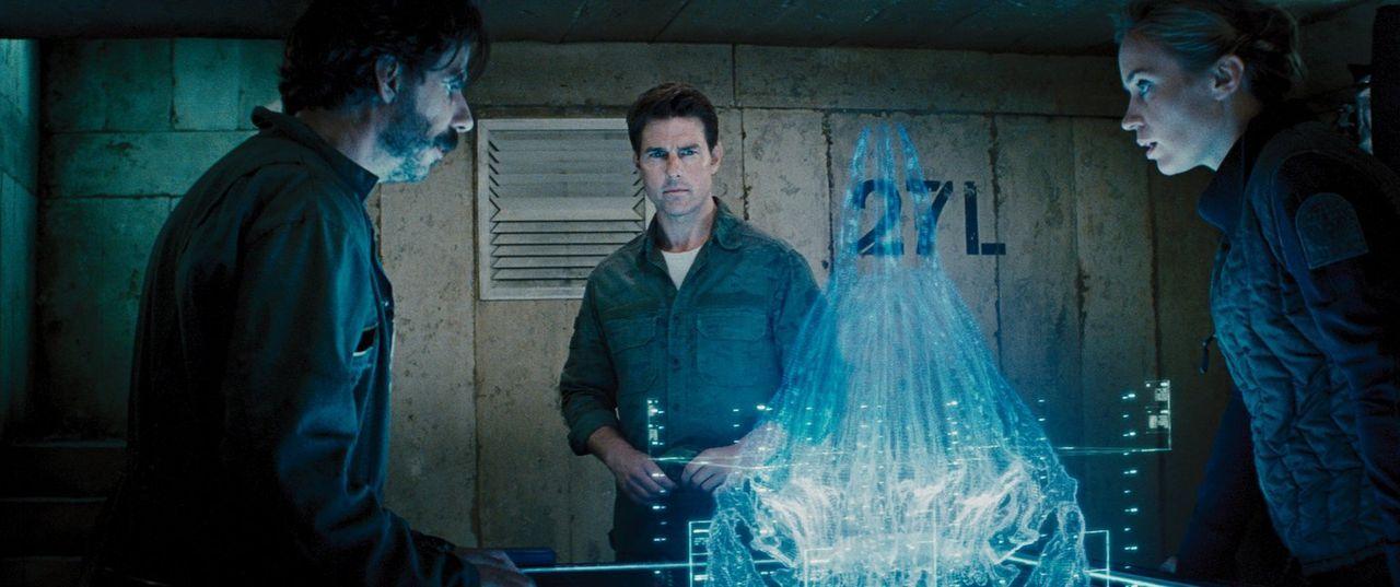 Als die Welt von einer feindlichen und den Menschen weit überlegenen Alienrasse überfallen wird, liegt es an Major Bill Cage (Tom Cruise, M.), Serge... - Bildquelle: Warner Bros. Television