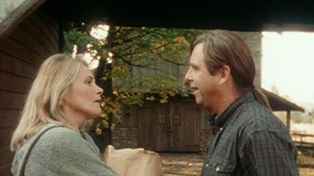 Cathy Kress (Helen Shaver, l.) erfährt von ihrem Mann Simon (Beau Bridges, r....
