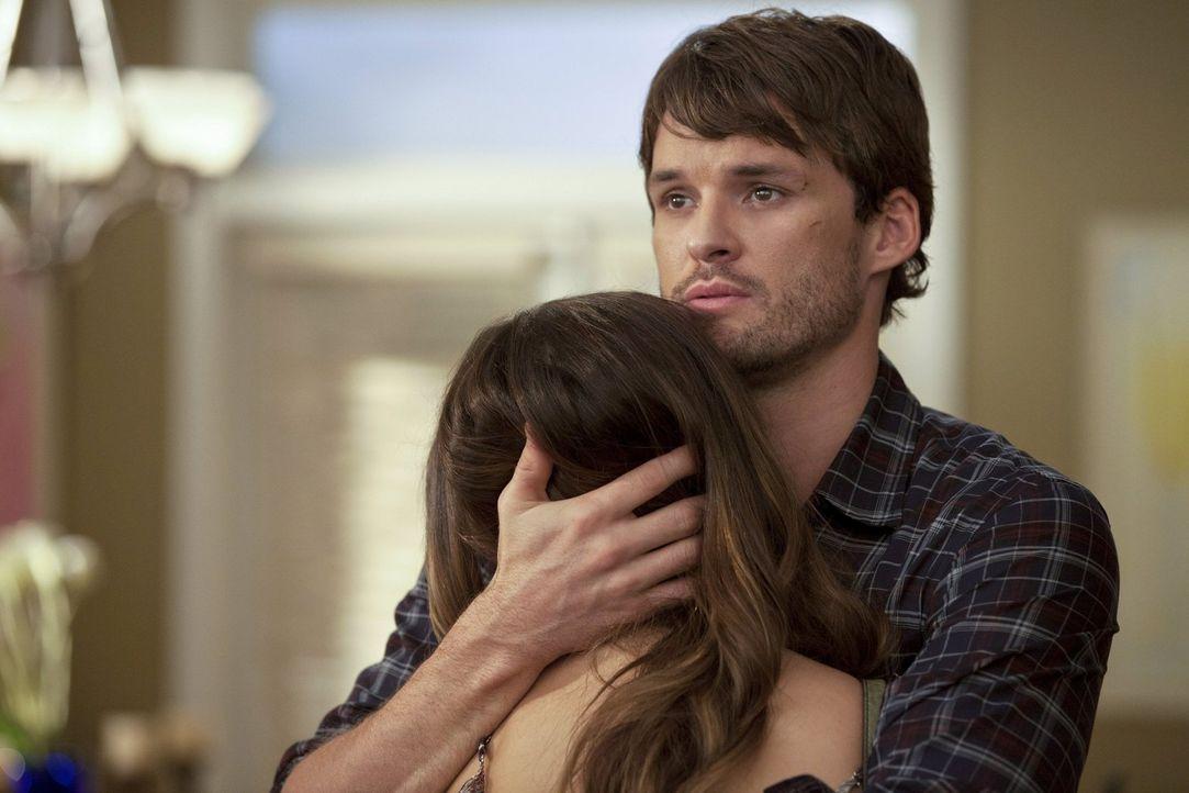 Als Xavier, der Mann der Quentin tötete, aus dem Gefängnis freikommt, haben Brooke (Sophia Bush, l.) und Julian (Austin Nichols, r.) eine riesen Ang... - Bildquelle: Warner Bros. Pictures