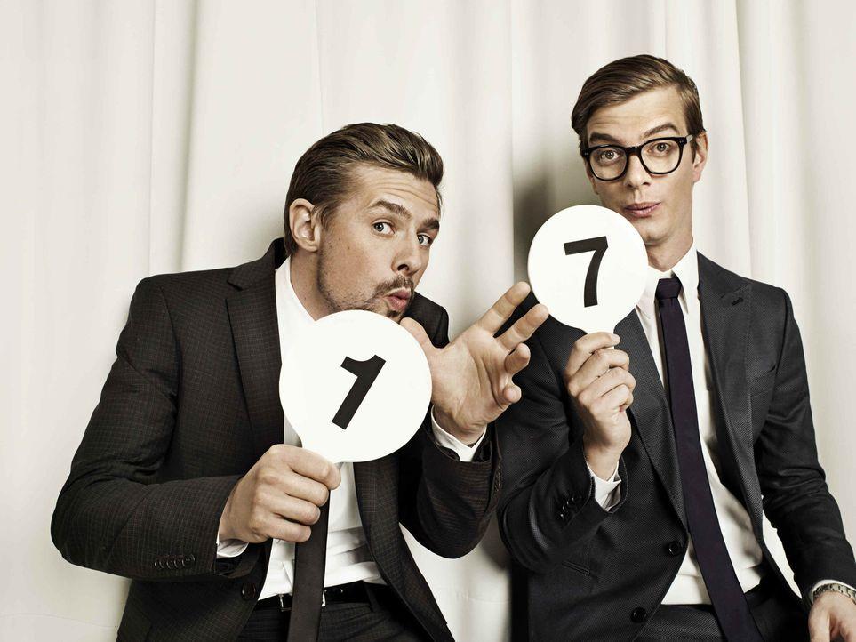 """Die Show """"17 Meter"""" wird von Joko Winterscheidt (r.) und Klaas Heufer-Umlauf (l.) präsentiert. - Bildquelle: ProSieben"""