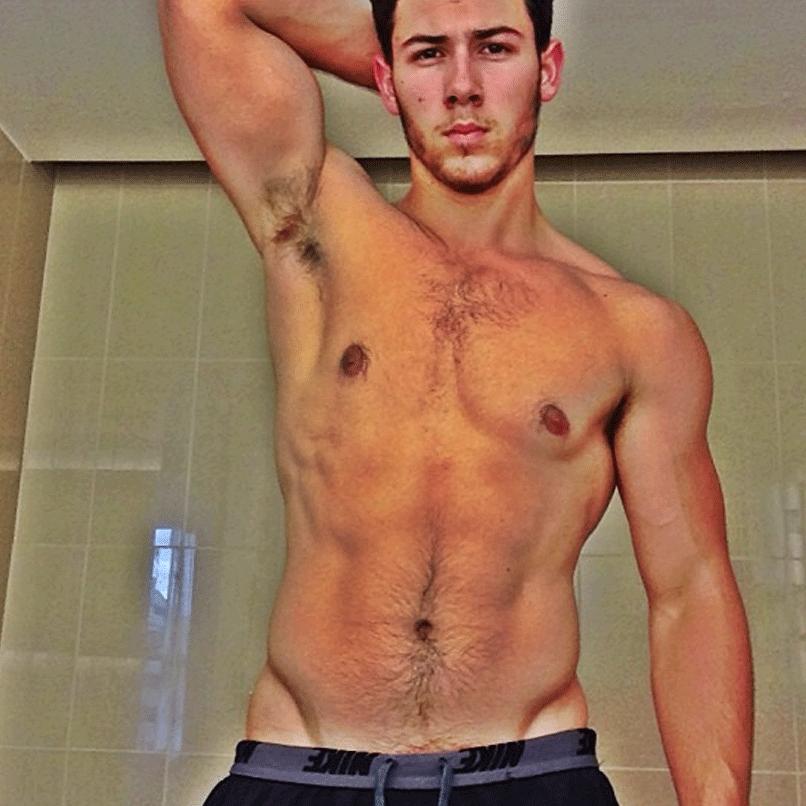 Heiße Männermodelle nackt