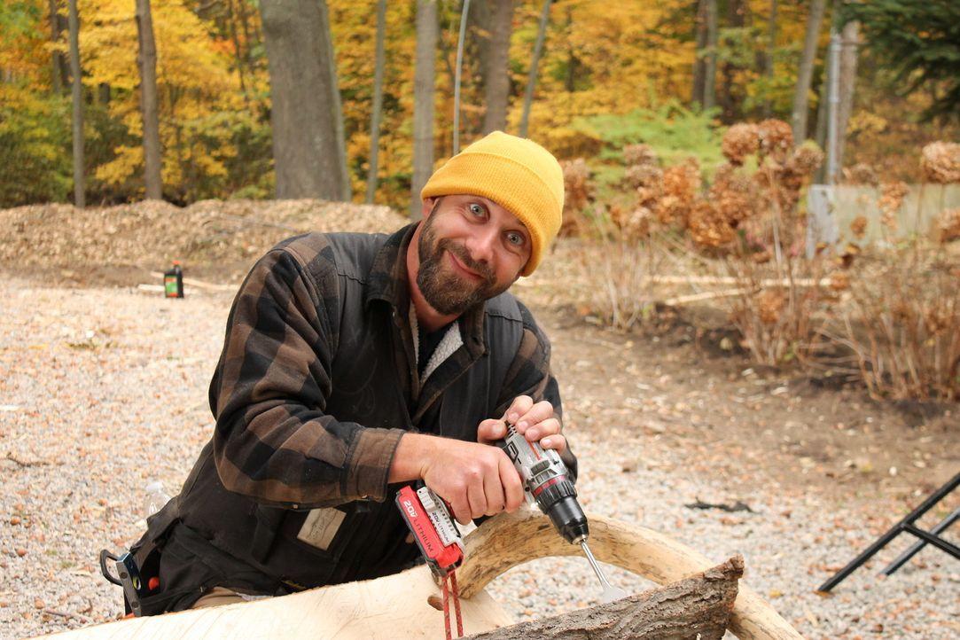 """Verwirklicht mit seinen Baumhaus-Künsten jeden Kindheitstraum: Chris """"Ka-V"""" Haake - für den kein Holz zu schwer und kein Baum zu hoch ist ... - Bildquelle: 2016, DIY Network/Scripps Networks, LLC. All Rights Reserved."""