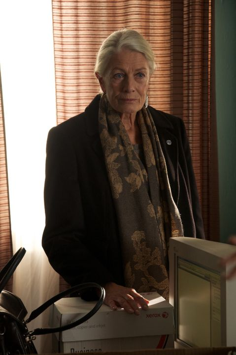 Die Rechtsanwältin Madeleine Rees (Vanessa Redgrave) ist die Leiterin des Büros in Bosnien und Gleichstellungs-Expertin für den United Nations High... - Bildquelle: 2010 Whistleblower (Gen One) Canada Inc. and Barry Films GmbH