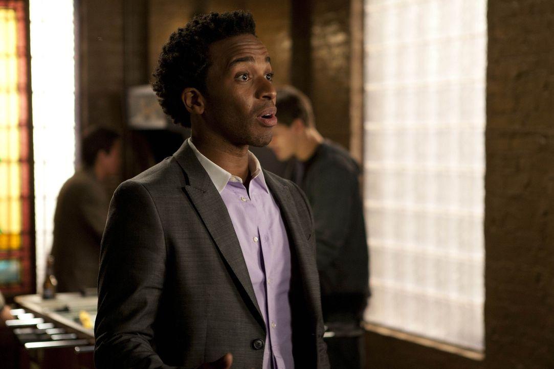 Sucht eine neue Freundin für seine einsame lesbische Mutter: Julian (Andre Holland) ... - Bildquelle: NBC Universal, Inc.