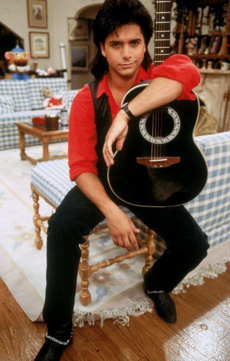 (1. Staffel) - Noch ahnt der erfolglose Musiker Jesse Cochran (John Stamos) nicht, worauf er sich einlässt, als er mit seinem Schwager und seinen Ni... - Bildquelle: Warner Brothers Inc.