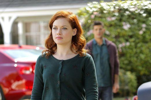 Suburgatory - Tessa (Jane Levy) muss sich endlich eingestehen, dass sie immer...