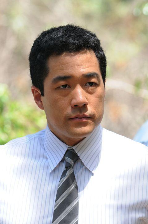 Macht sich große Sorgen um Patrick Jane, der als Geisel genommen wurde: Kimball (Tim Kang) ... - Bildquelle: Warner Bros. Television