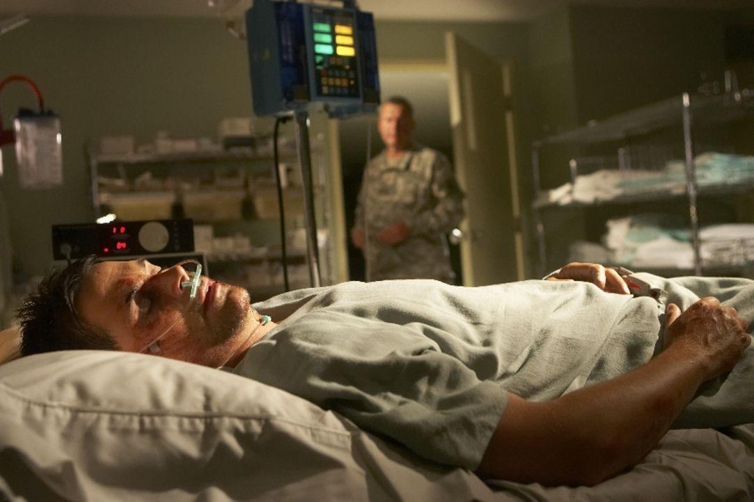 Nachdem Ted Cogan (Rob Lowe) aus dem Koma erwacht, ist nichts mehr wie früher ...