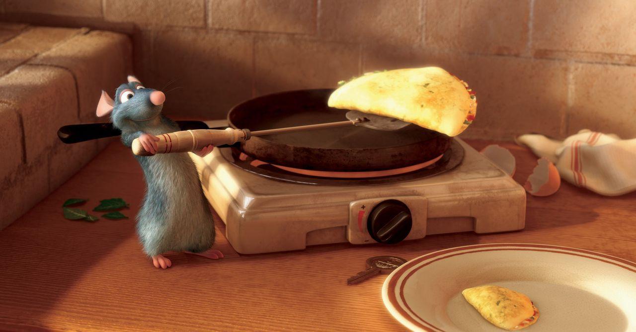 """Die Ratte Emile eröffnet ein Restaurant namens """"La Ratatouille"""", das sich großer Beliebtheit erfreut. - Bildquelle: Disney/Pixar.  All rights reserved"""